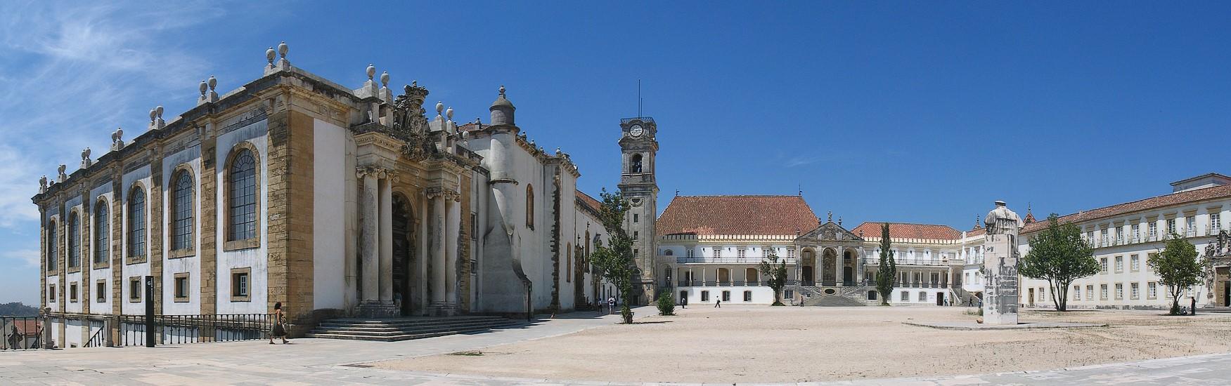 Turismo Histórico – Paço Real e Paço das Escolas
