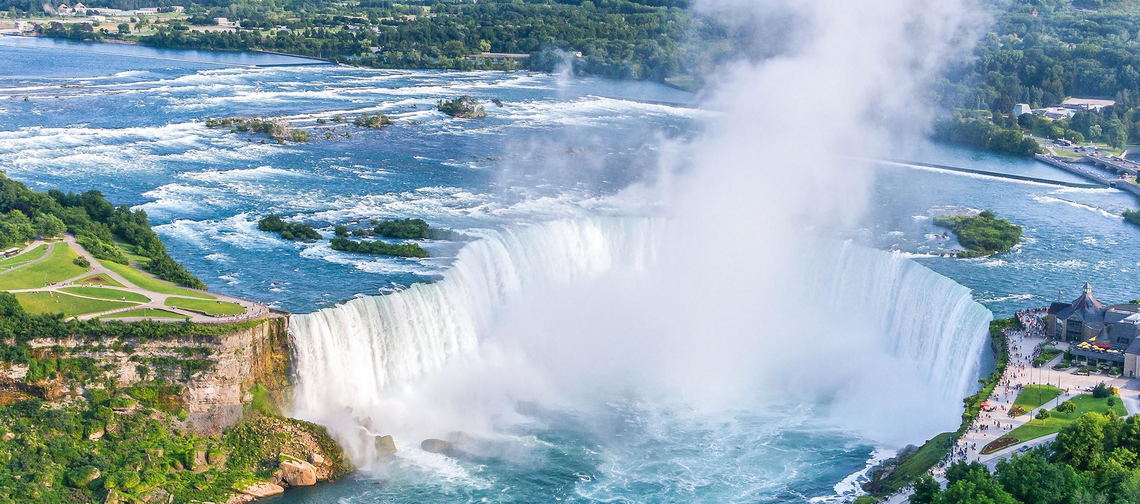 Canadá – Cataratas Niágara, fronteira com os Estados Unidos